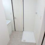 オアシスマンションプレジデント光ヶ丘 洗面室に室内洗濯機置場有り
