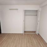 トーカンマンション山根町サウスウィング 洋室8.2帖にエアコン先行配管を新設