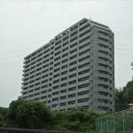 ローレルコート古江 外観。17階建ての8階部分です。