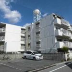 高須パークマンション 外観。4階建ての3階部分です。(外観)