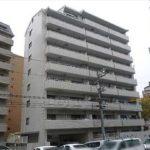 横川公園パークマンション 外観。9階建ての3階部分です。