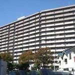 ヴューシティ矢野 外観。14階建ての最上階です。