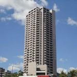 Acityタワーズイースト・ウィング棟 外観。8階建ての6階部分です。