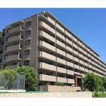 ローズヴィラ中野東 外観。8階建ての3階部分です。