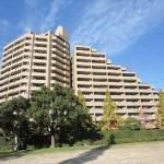 センチュリーパーク千田町中央棟 外観。15階建ての9階部分です。