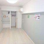 シーアイマンション広島 洋室6帖。リノベーションで清潔感溢れる室内です。