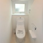 呉市焼山宮ヶ迫1丁目新築 1階ウォシュレット付きトイレ