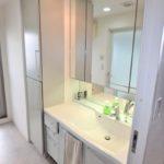 ハウスバーンフリート海田 洗面化粧台と洗面室収納
