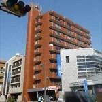 シャンボール加古町 外観。10階建ての2階部分です。