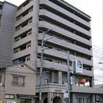 サンシティ戸坂千足  外観。9階建ての8階部分です。