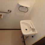 ロイヤルアーク光が丘 トイレには手洗いカウンターも付いています♪