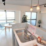 シーアイマンション広島 対面式キッチンから広がる開放的なリビング・ダイニング