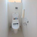 東区山根町新築 2階ウォシュレット付きトイレ