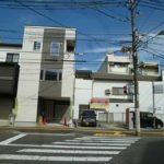 中区南千田東町新築 外観と前面道路