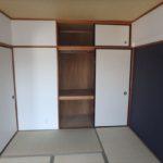 ダイアパレス二葉 和室6帖には天袋も付いています。