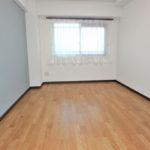 みゆきパークマンションB棟 洋室6帖①。寝室にぴったりです。