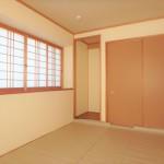 東区福田4丁目中古 2階和室6.0帖。押入や床の間もあります。